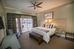Luxury Lodge bedroom